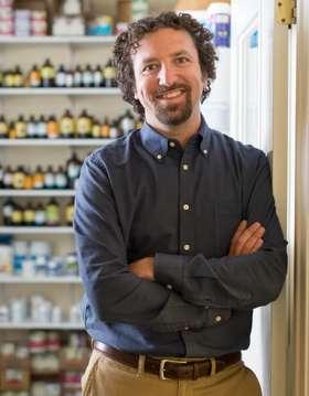 Dr. Joshua Levitt, NMD